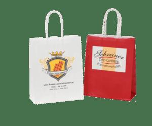 Papiertragetaschen mit Kordel frei1
